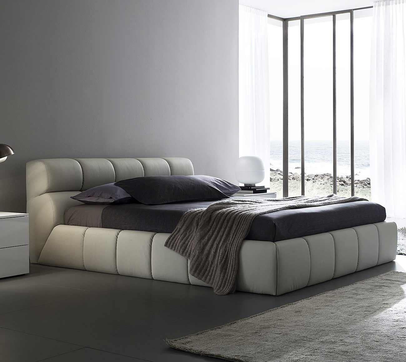 Italian Alix Rossetto Cheap Luxury Platform Bed Collection