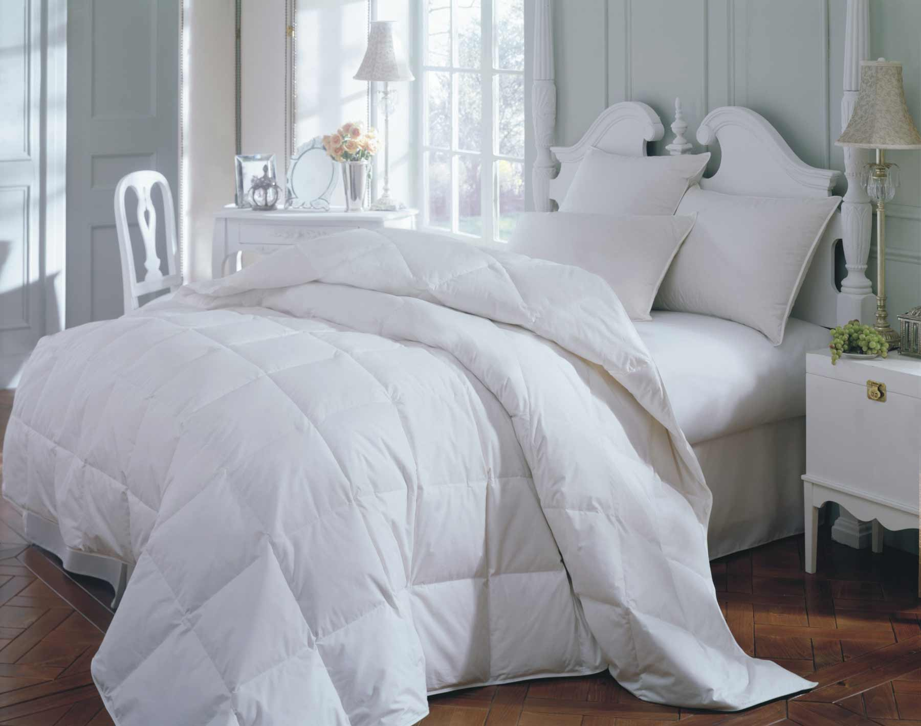 Summer Breeze Bedskirt Comforter in Queen Size