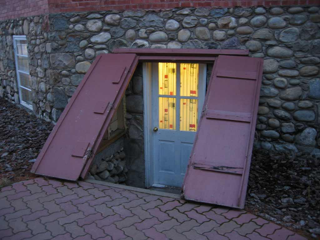 Exterior Basement Doors : Exterior basement entry forum feel the home