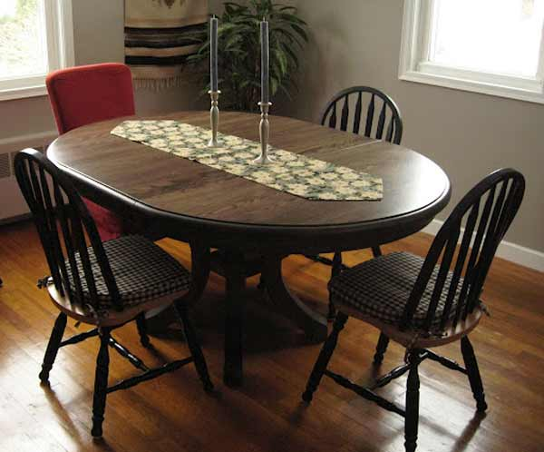 massachusetts classic oval banquettes table sets