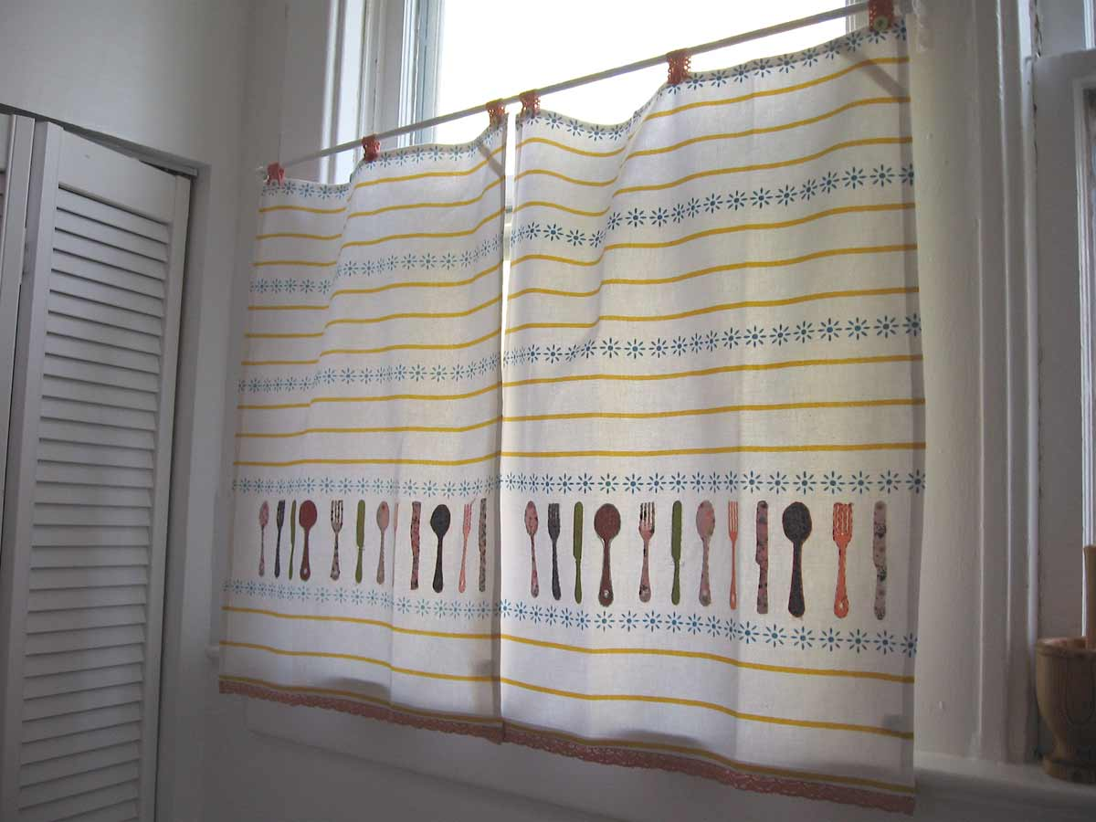 fabric cafe curtains for kitchen project