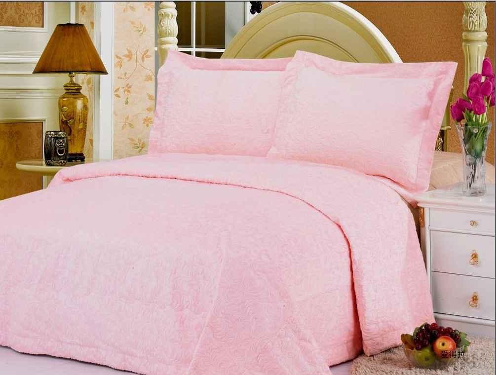 Odessa quilt pink bedspreads