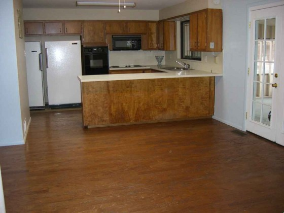 Wooden vinyl tile for kitchen area