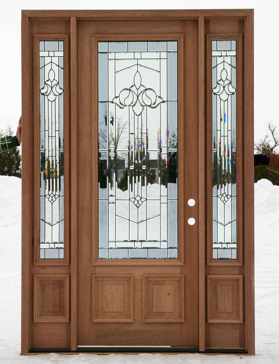 Cheap entry doors with sidelights feel the home for Affordable exterior doors