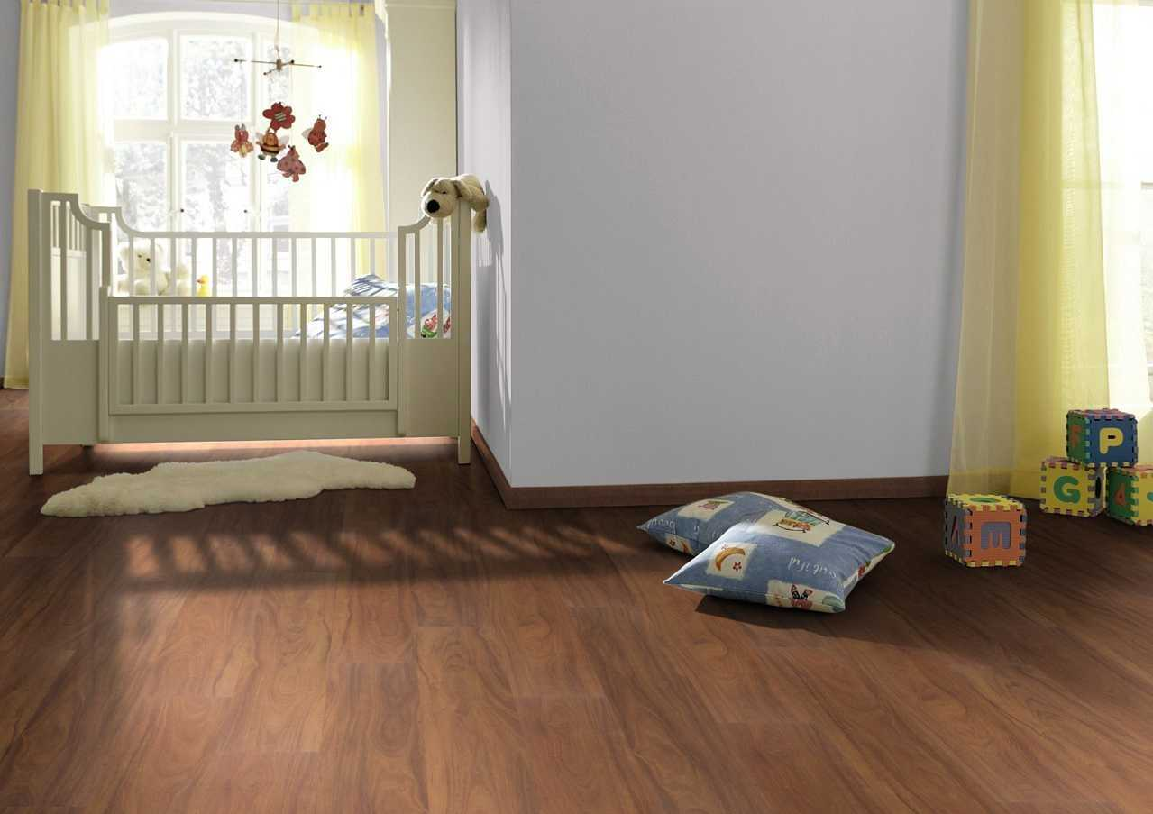 baby bedroom ceramic tile in wood grain motif