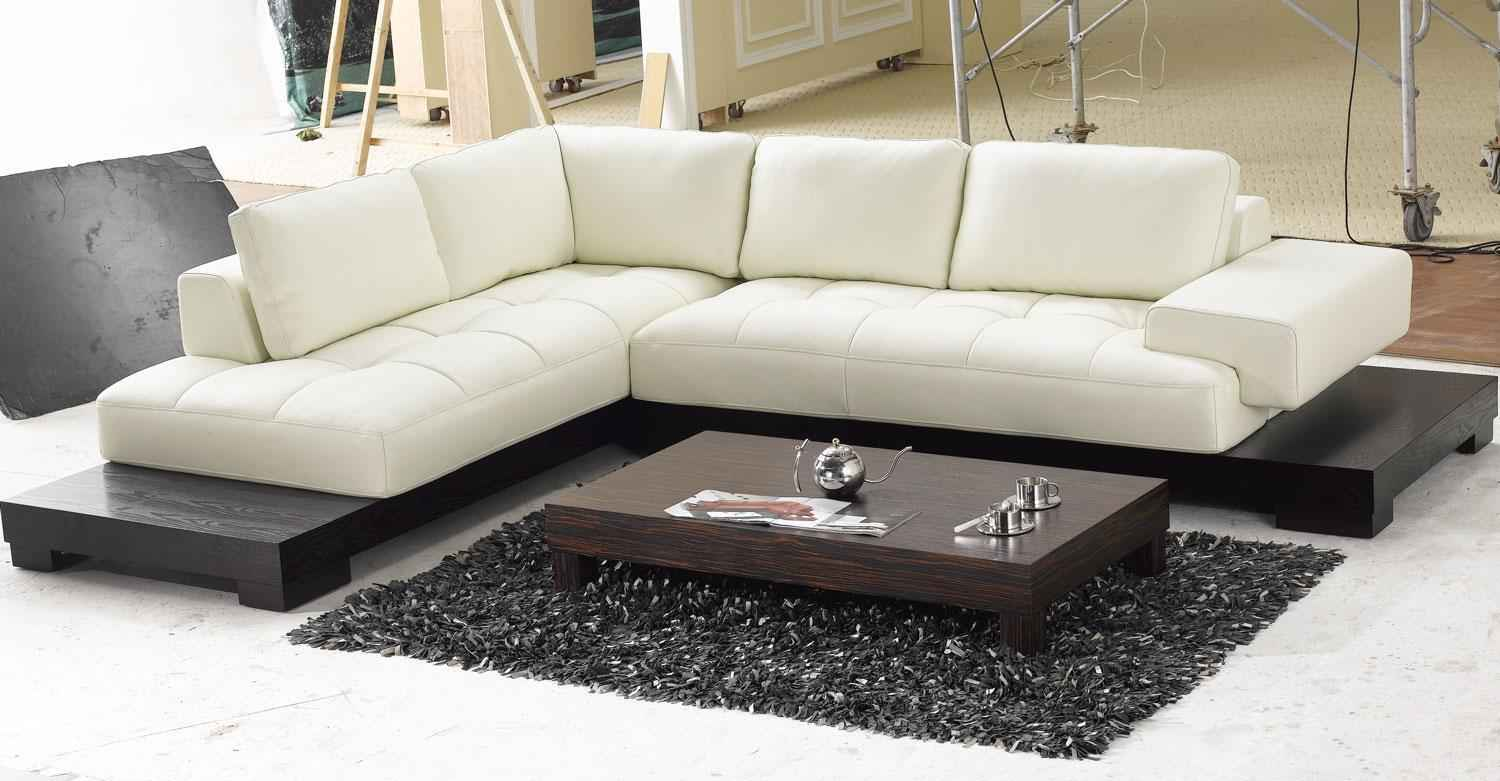 Comfortable Sofa with Contemporary Design