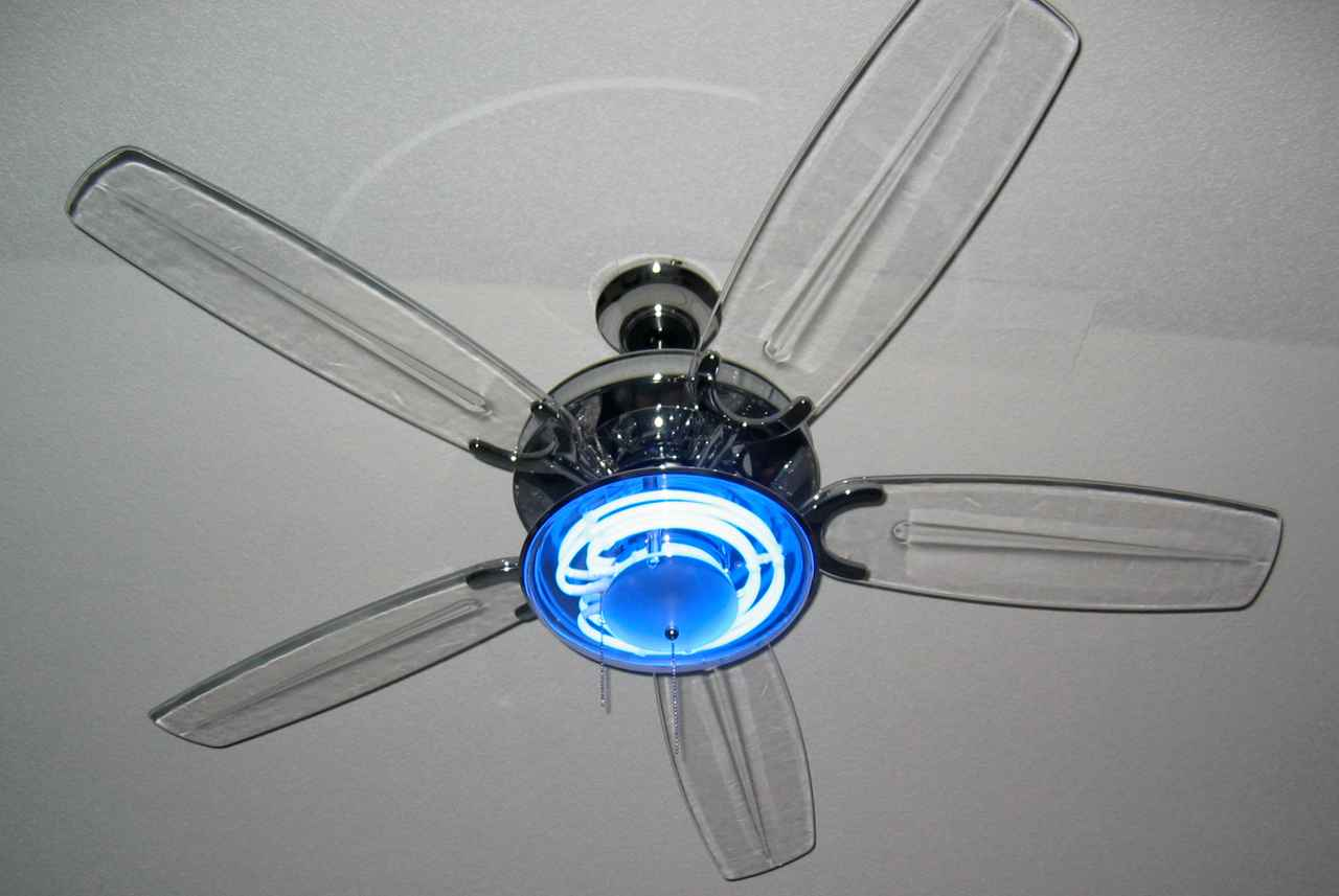 Harbor Breeze Ceiling Fan with Blue Neon Light