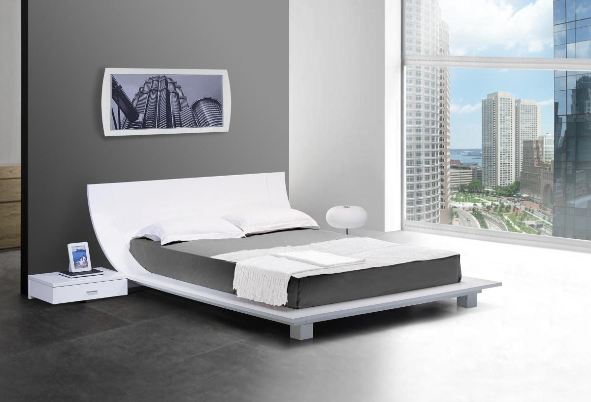 Modern shaped Japan bed frame