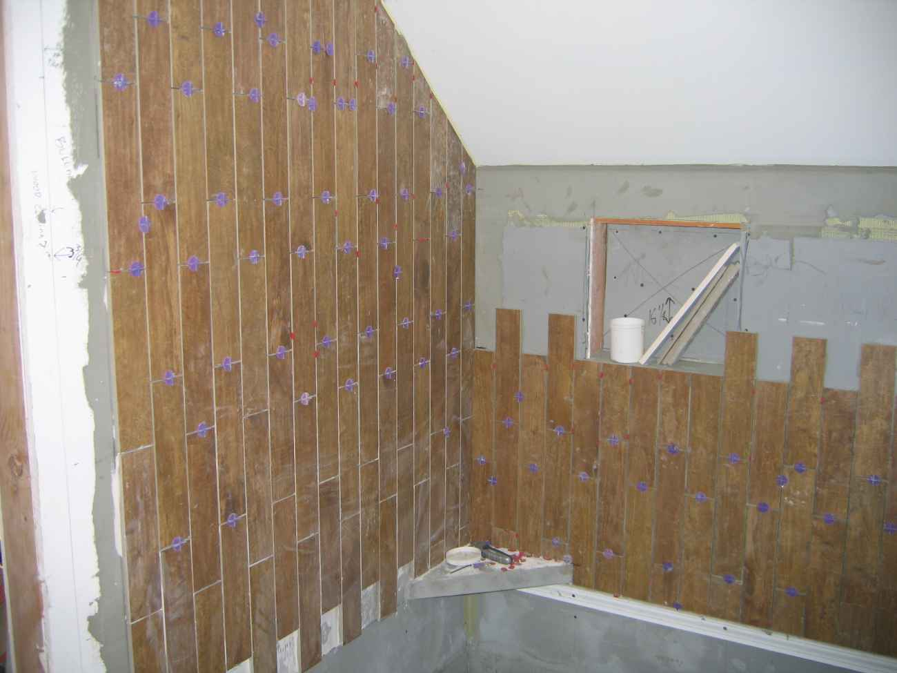 Simple Wood Ceramic Tile for Bathroom Wall