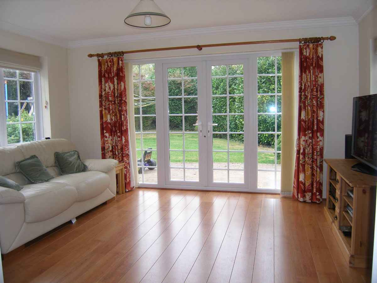 Patio doors with sidelites images for Outside french doors