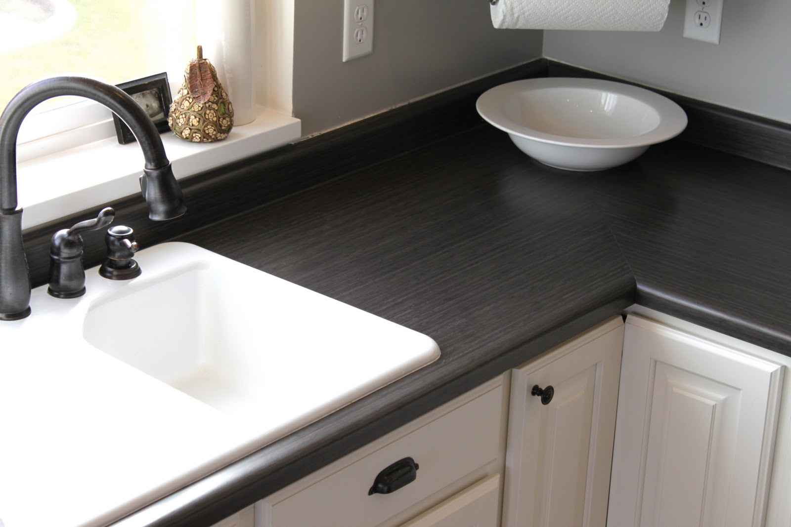 Cheap black countertop ideas