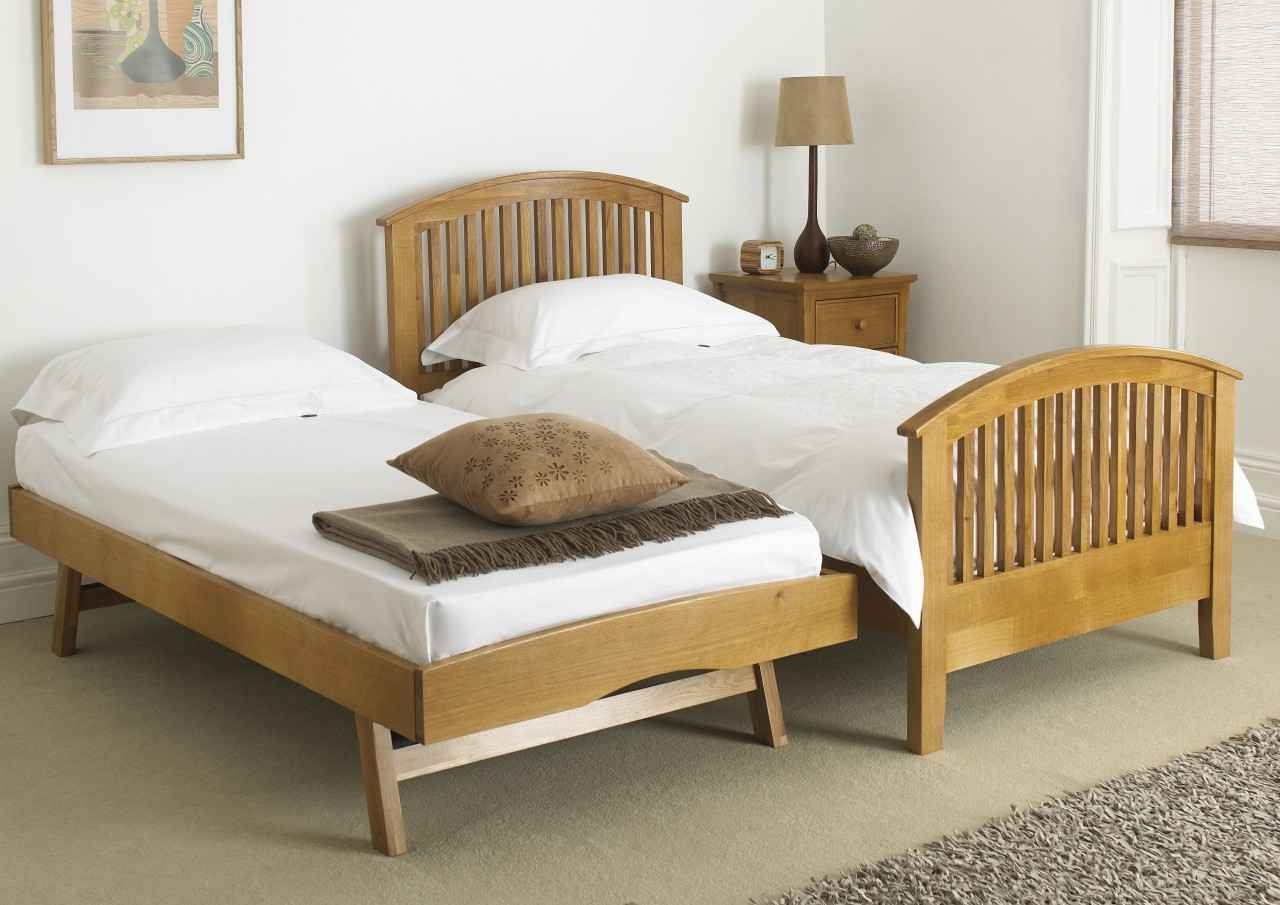 Wooden Trundle Guest Bed From
