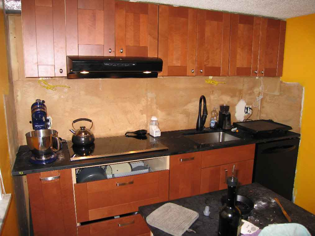 backsplash wallpapers for kitchen