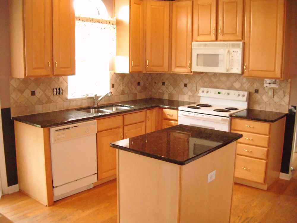Cheap countertop ideas feel the home for Inexpensive wood kitchen cabinets