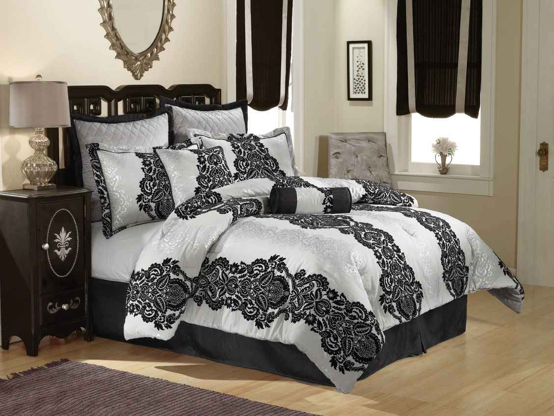 Black and white bedding comforter design
