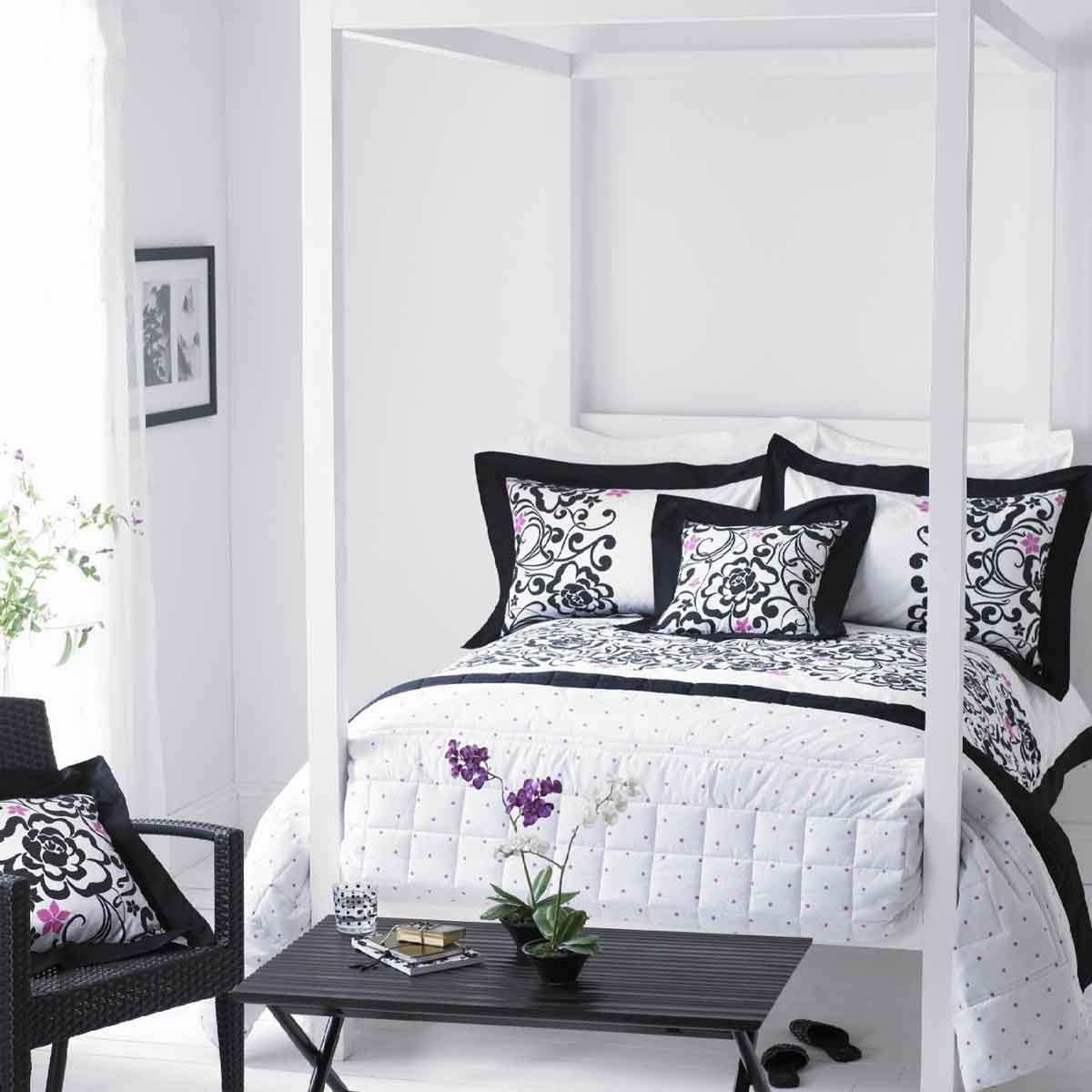 Modern Black and White Bedspreads Ideas