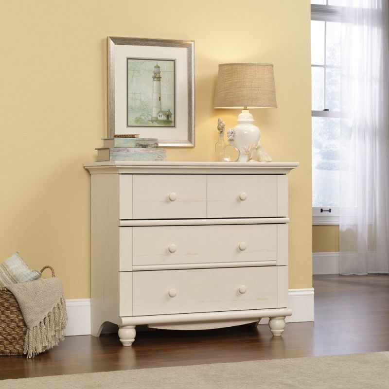 Harbor View 3-Drawer Chest