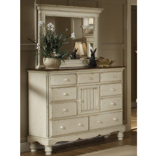Mule Chest with 9 Drawers and Antique White Finish - Wilshire