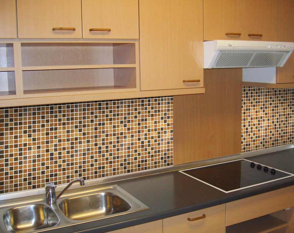 Coastal glass mosaic blends home kitchen tile