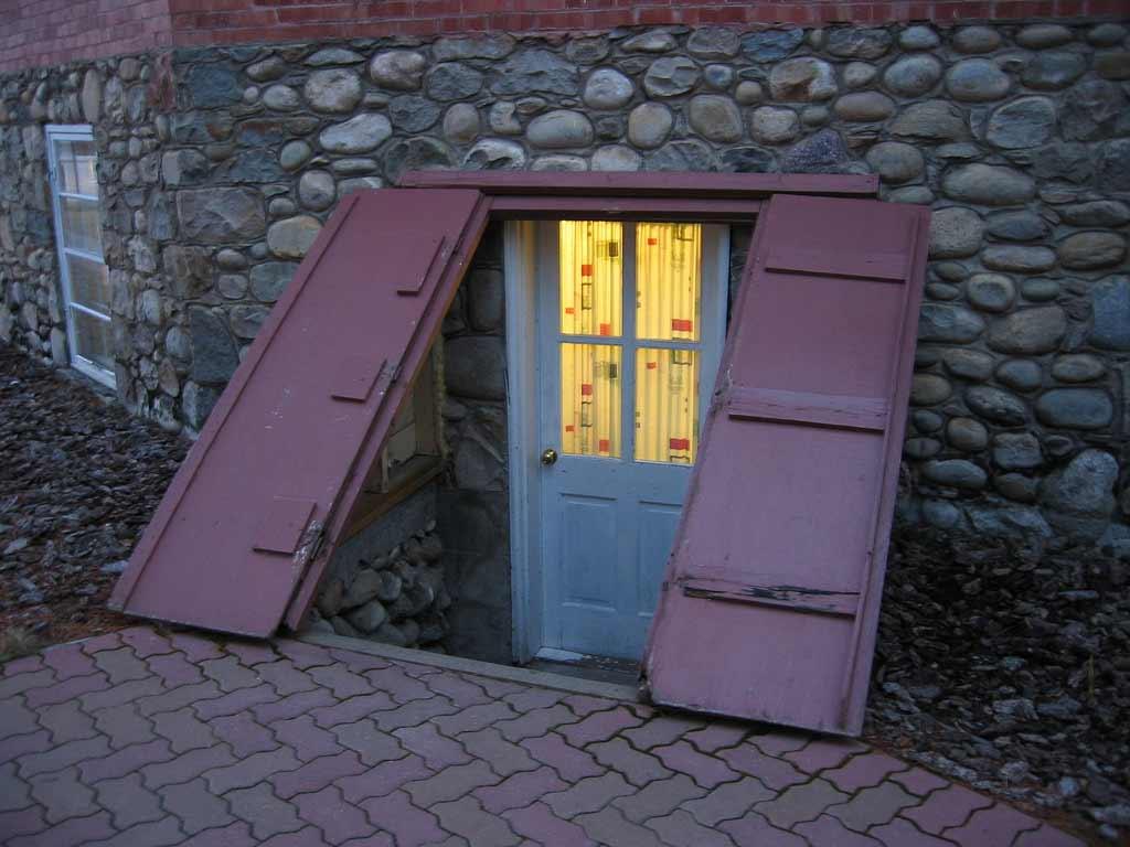 entry basement church doors