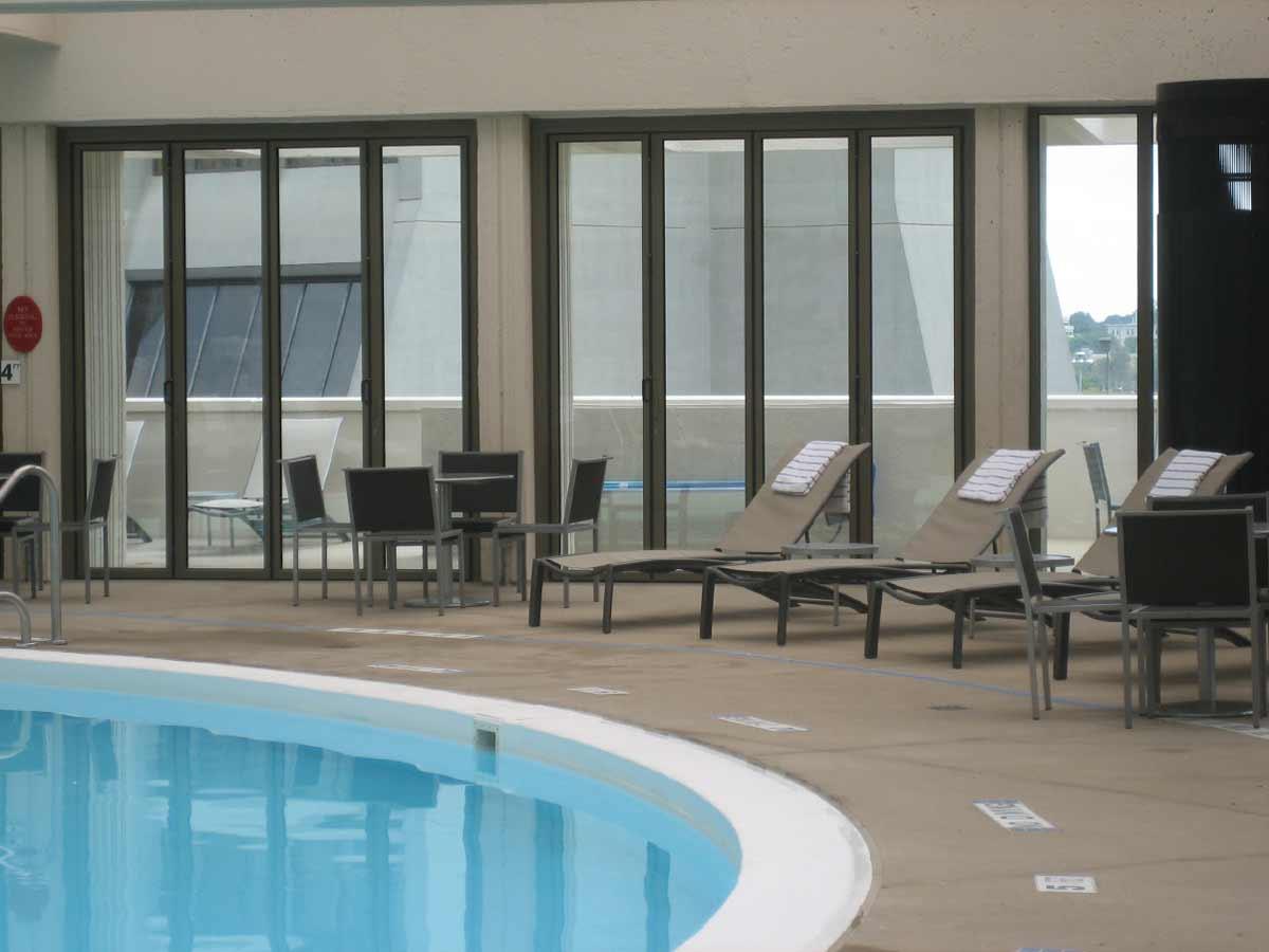 thermally pool folding glass wall in Atlanta