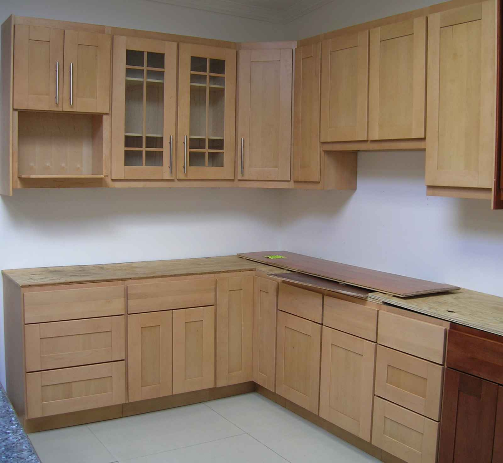 Natural Maple Wholesale Kitchen Cabinet and Storage
