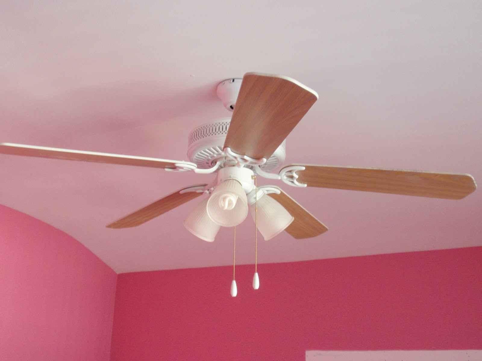 Wooden bedroom ceiling fan with light