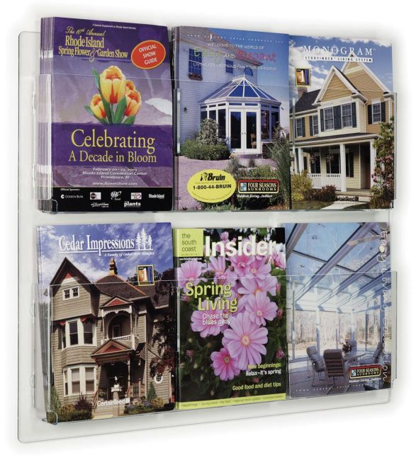 Displays2go Hanging Magazine Rack with Adjustable Pockets, 29 x 23 inches - Clear Acrylic (RP6CLR)