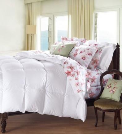 Cuddledown 800 Fill Power Batiste Down Comforter, King, Level 3, White